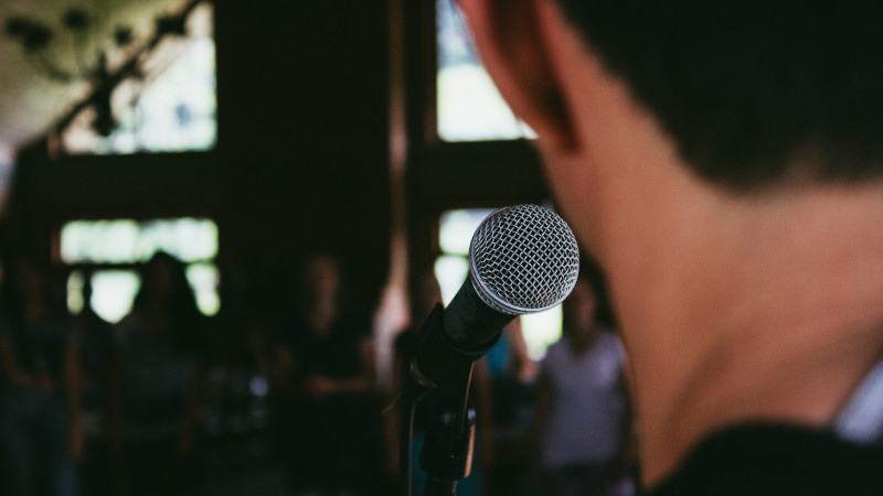 Как завоевать внимание аудитории и успешно презентовать свой проект: советы эксперта