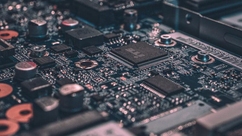 Российские разработчики назвали самые технологичные отрасли