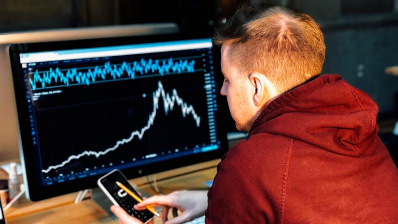 Ещё раз про локдаун Facebook: как инвестору обезопасить себя